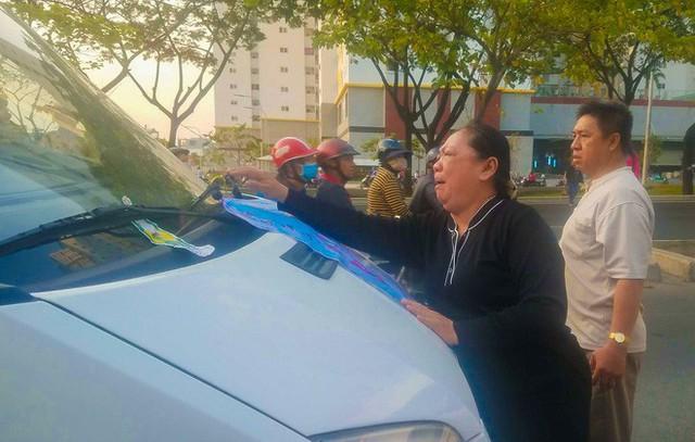 Cư dân Carina làm lễ cầu siêu cho 13 nạn nhân tử vong trong vụ cháy - Ảnh 7.