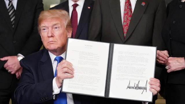 Mỹ đang tìm cách ngăn chiến tranh thương mại với Trung Quốc? - Ảnh 1.