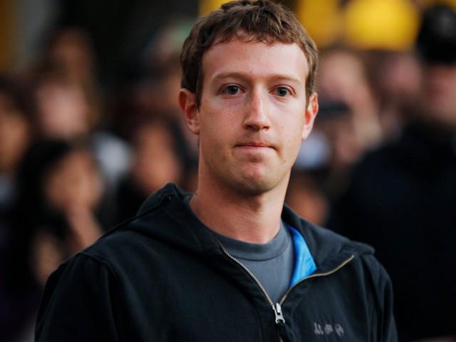 Tai họa dồn dập, Facebook đang trải qua cuộc khủng hoảng sống còn - Ảnh 1.