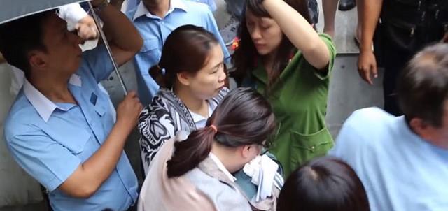 Xung quanh vụ 2 nhân viên Chi nhánh Ngân hàng Eximbank tại TP. HCM bị khởi tố - Ảnh 1.