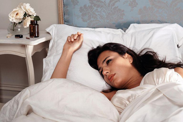 Các phương pháp điều trị chứng mất ngủ mà không cần tới thuốc - Ảnh 1.