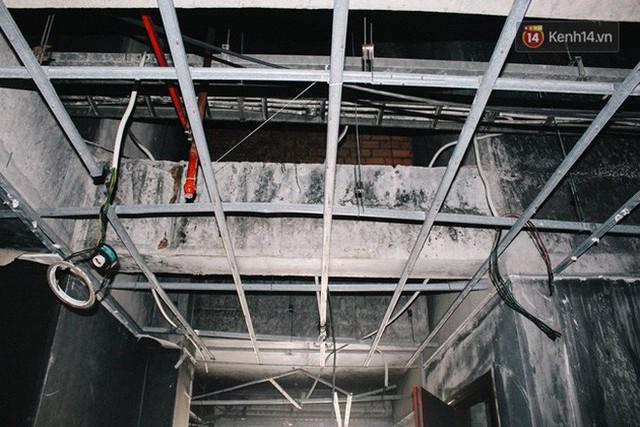 Khổ như cư dân chung cư Carina sau vụ cháy: Cõng tủ lạnh xuống mấy tầng lầu, dùng ròng rọc chuyển đồ suốt nhiều ngày liền - Ảnh 12.