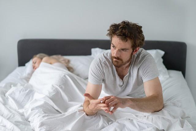 Các phương pháp điều trị chứng mất ngủ mà không cần tới thuốc - Ảnh 2.