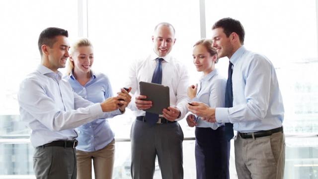 Bảy lời khuyên để có mối quan hệ tốt với các đồng nghiệp - Ảnh 2.