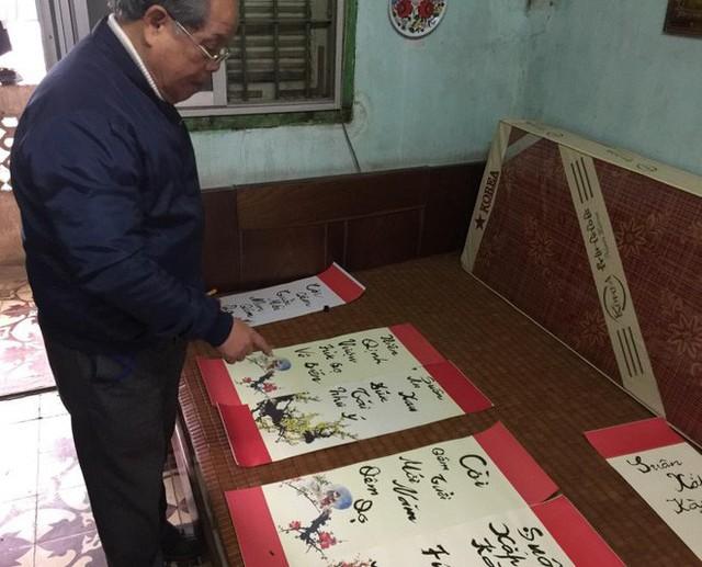 PGS Bùi Hiền tuyên bố dừng toàn bộ việc nghiên cứu bảng chữ cái Tiếw Việt cải tiến - Ảnh 1.