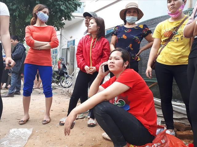 Vụ cháy chợ Quang (Hà Nội): Mất hết rồi, mất trắng rồi! - Ảnh 4.