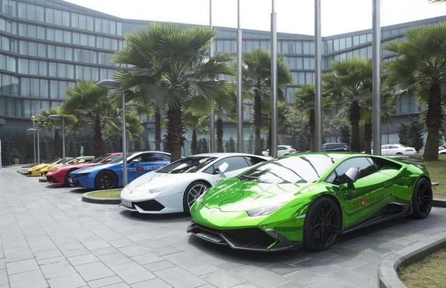 Dàn siêu xe tham dự Car & Passion 2018 đổ bộ khách sạn Hà Nội - Ảnh 1.