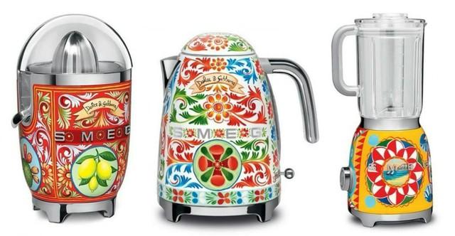 Hãng thời trang đình đám Dolce & Gabbana ra mắt bộ đồ nhà bếp khiến các bà nội trợ sành điệu phát cuồng trong dịp 8/3 - Ảnh 1.