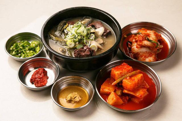 CNN công bố 10 điểm ăn ngon ở Hàn Quốc mà bất cứ du khách nào cũng không nên bỏ qua - Ảnh 14.