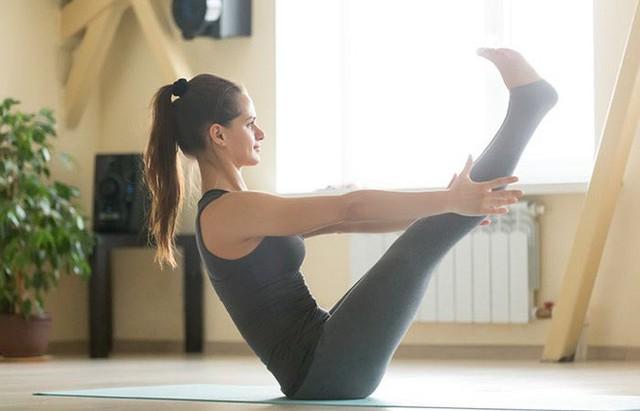 7 tư thế power yoga dành cho những người phải làm việc với cường độ cao - Ảnh 3.