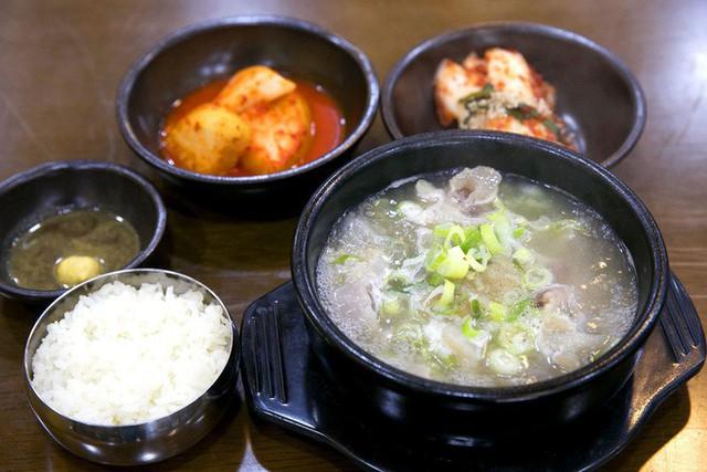CNN công bố 10 điểm ăn ngon ở Hàn Quốc mà bất cứ du khách nào cũng không nên bỏ qua - Ảnh 27.