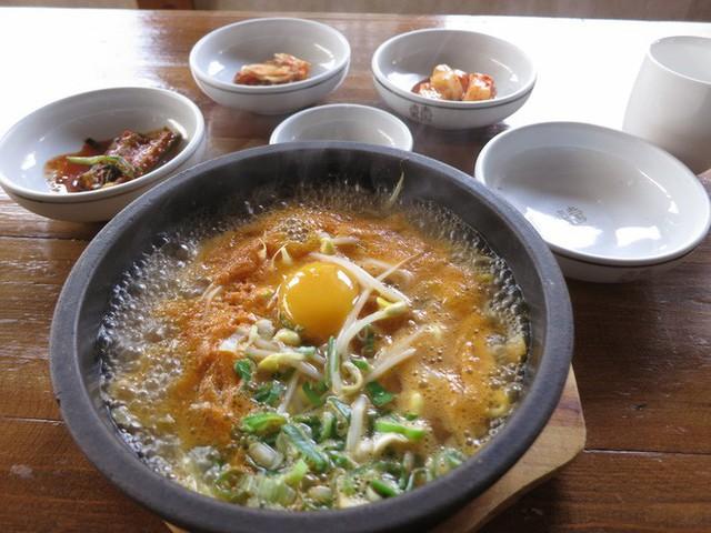 CNN công bố 10 điểm ăn ngon ở Hàn Quốc mà bất cứ du khách nào cũng không nên bỏ qua - Ảnh 36.
