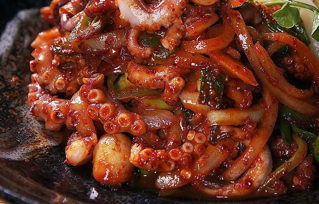 CNN công bố 10 điểm ăn ngon ở Hàn Quốc mà bất cứ du khách nào cũng không nên bỏ qua - Ảnh 38.