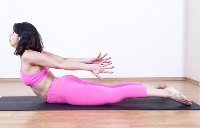 7 tư thế power yoga dành cho những người phải làm việc với cường độ cao - Ảnh 5.