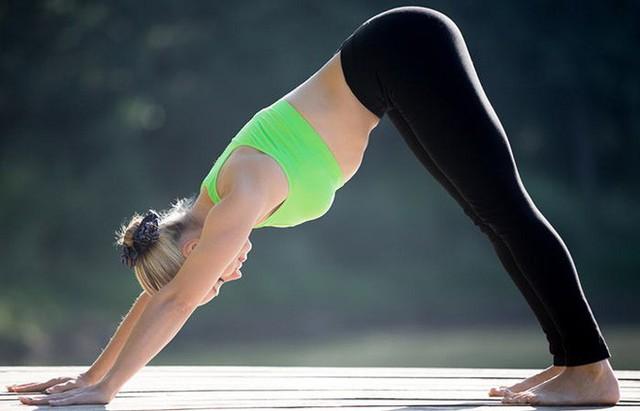 7 tư thế power yoga dành cho những người phải làm việc với cường độ cao - Ảnh 7.