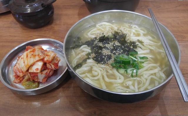 CNN công bố 10 điểm ăn ngon ở Hàn Quốc mà bất cứ du khách nào cũng không nên bỏ qua - Ảnh 9.
