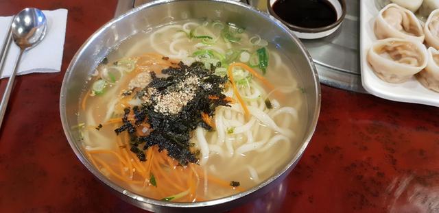 CNN công bố 10 điểm ăn ngon ở Hàn Quốc mà bất cứ du khách nào cũng không nên bỏ qua - Ảnh 10.