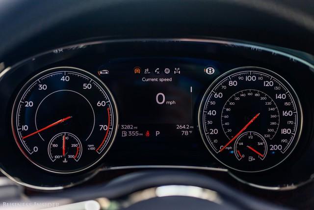 Trải nghiệm Bentley Bentayga SUV có giá 246.000 đô: Người lái phải thốt lên Thật tuyệt vời, nó vi vu như một cơn gió - Ảnh 8.