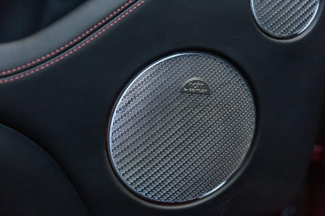 Trải nghiệm Bentley Bentayga SUV có giá 246.000 đô: Người lái phải thốt lên Thật tuyệt vời, nó vi vu như một cơn gió - Ảnh 12.