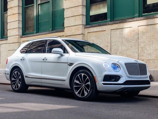 Trải nghiệm Bentley Bentayga SUV có giá 246.000 đô: Người lái phải thốt lên Thật tuyệt vời, nó vi vu như một cơn gió - Ảnh 3.