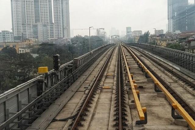 Toàn bộ 13 đoàn tàu Cát Linh - Hà Đông về tới dự án - Ảnh 4.