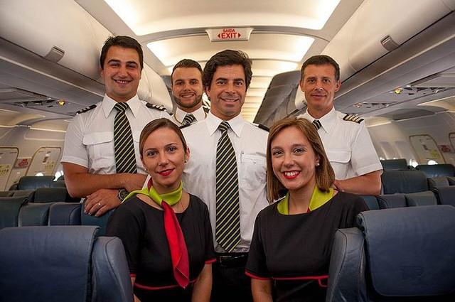 Hãng hàng không có phi hành đoàn điển trai nhất thế giới - Ảnh 1.