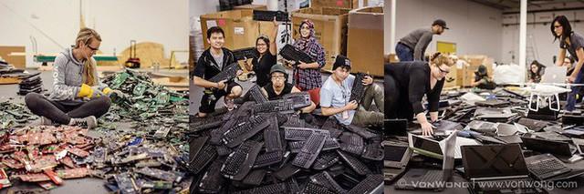 Nhóm nghệ sĩ biến gần 2 tấn rác thải điện tử thành những tác phẩm nghệ thuật tuyệt đẹp - Ảnh 4.