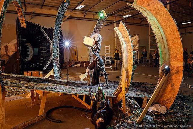Nhóm nghệ sĩ biến gần 2 tấn rác thải điện tử thành những tác phẩm nghệ thuật tuyệt đẹp - Ảnh 6.
