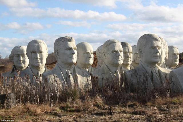 Công viên Tổng thống Mỹ với 43 bức tượng khổng lồ bị hư hại nặng nề, vẫn còn thiếu hai vị Tổng thống nữa mới hoàn thiện - Ảnh 8.