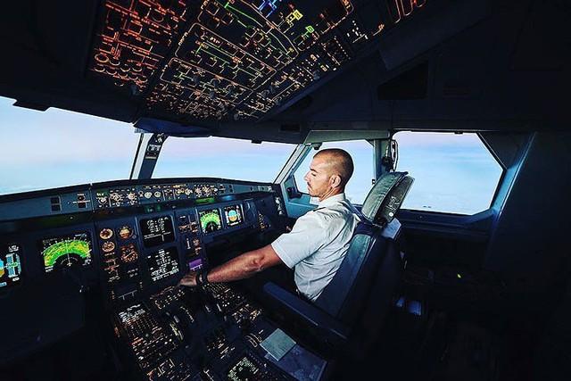 Hãng hàng không có phi hành đoàn điển trai nhất thế giới - Ảnh 8.