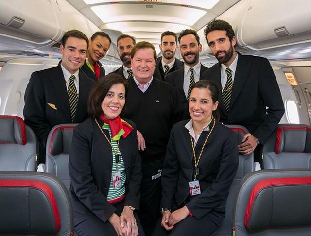 Hãng hàng không có phi hành đoàn điển trai nhất thế giới - Ảnh 10.