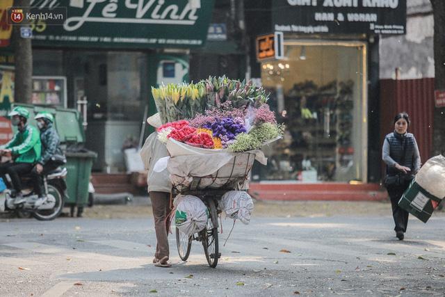 """8/3 của những người phụ nữ không bao giờ thiếu hoa: """"Mình thích thì mang hoa về tự cắm, chẳng cần chờ ai tặng cả!"""" - Ảnh 17."""