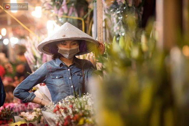 """8/3 của những người phụ nữ không bao giờ thiếu hoa: """"Mình thích thì mang hoa về tự cắm, chẳng cần chờ ai tặng cả!"""" - Ảnh 5."""