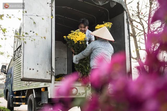 """8/3 của những người phụ nữ không bao giờ thiếu hoa: """"Mình thích thì mang hoa về tự cắm, chẳng cần chờ ai tặng cả!"""" - Ảnh 8."""