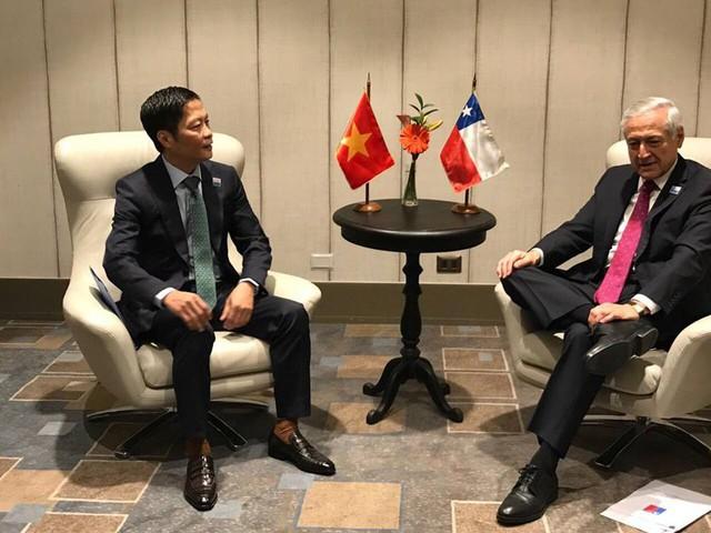 Chính thức ký kết CPTPP: 11 Bộ trưởng phụ trách kinh tế trao đổi những gì ở Chile? - Ảnh 3.