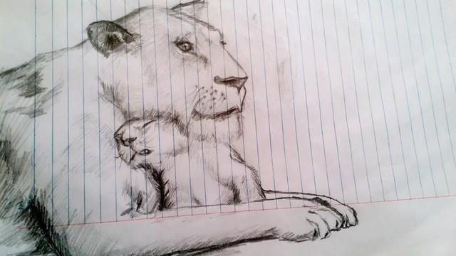 Thanh niên bị đứt gân cả 2 bàn tay, cầm bút viết cũng khó khăn nhưng vẫn đam mê hội họa - Ảnh 4.