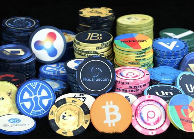 Đầu tư tiền ảo: Trái pháp luật, nhiều rủi ro - Ảnh 1.