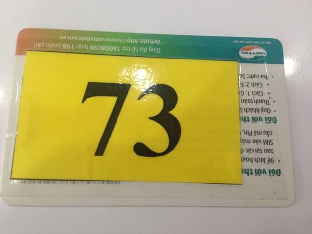 Người dân nháo nhác đăng ký thông tin vì sợ khóa SIM - Ảnh 2.