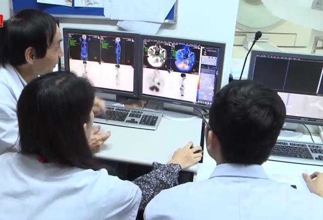 Ngày càng nhiều người trẻ mắc ung thư, chuyên gia chỉ rõ độ tuổi cần đi tầm soát - Ảnh 3.