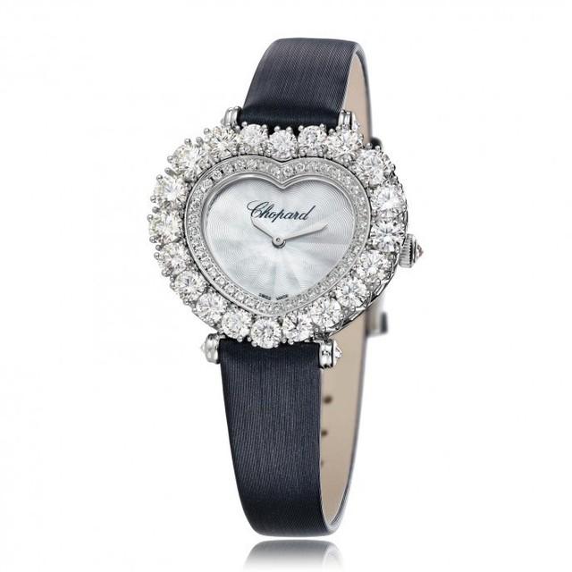 Có gì đặc biệt trong mẫu đồng hồ hơn 1 tỷ đang chinh phục những người nổi tiếng sành hàng hiệu - Ảnh 6.