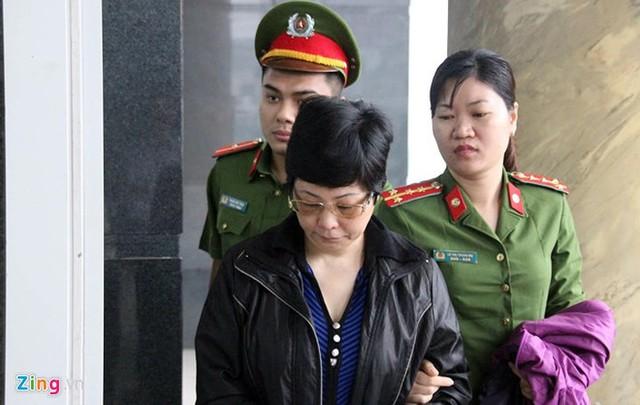 Nhìn lại 4 ngày xét xử cựu ĐBQH Châu Thị Thu Nga và đồng phạm - Ảnh 1.