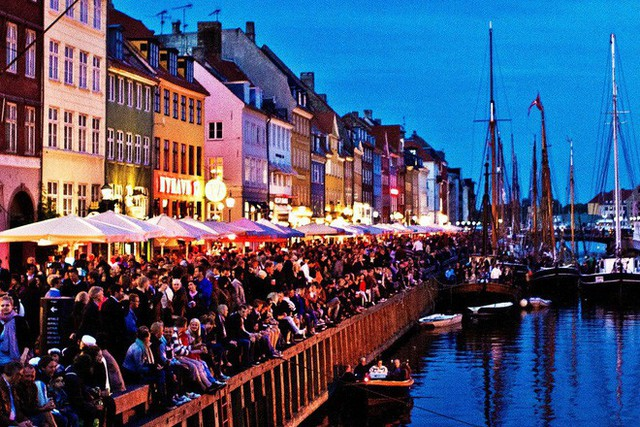 Đan Mạch là quốc gia hạnh phúc nhất thế giới và mọi chuyện đều có lý do - Ảnh 1.
