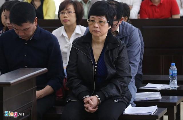 Nhìn lại 4 ngày xét xử cựu ĐBQH Châu Thị Thu Nga và đồng phạm - Ảnh 15.