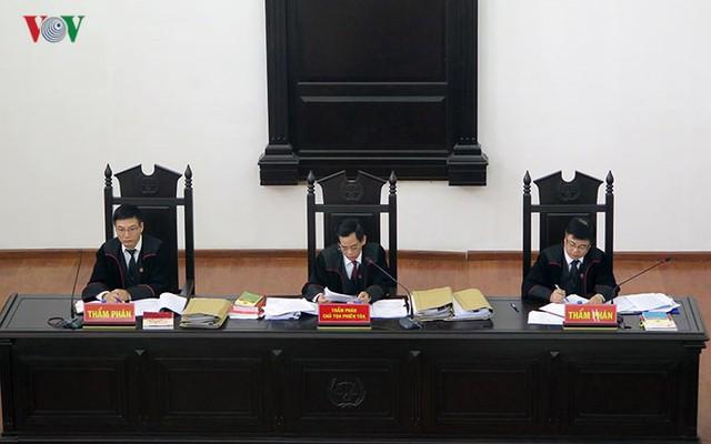 Nhìn lại 4 ngày xét xử cựu ĐBQH Châu Thị Thu Nga và đồng phạm - Ảnh 3.