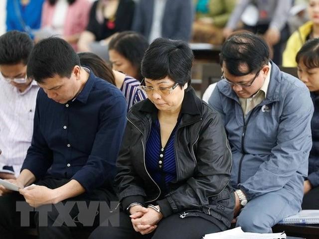 Nhìn lại 4 ngày xét xử cựu ĐBQH Châu Thị Thu Nga và đồng phạm - Ảnh 4.