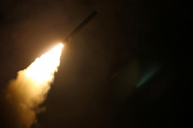 Ảnh vệ tinh: Syria bị tàn phá như thế nào trong vụ không kích của Mỹ và đồng minh - Ảnh 6.