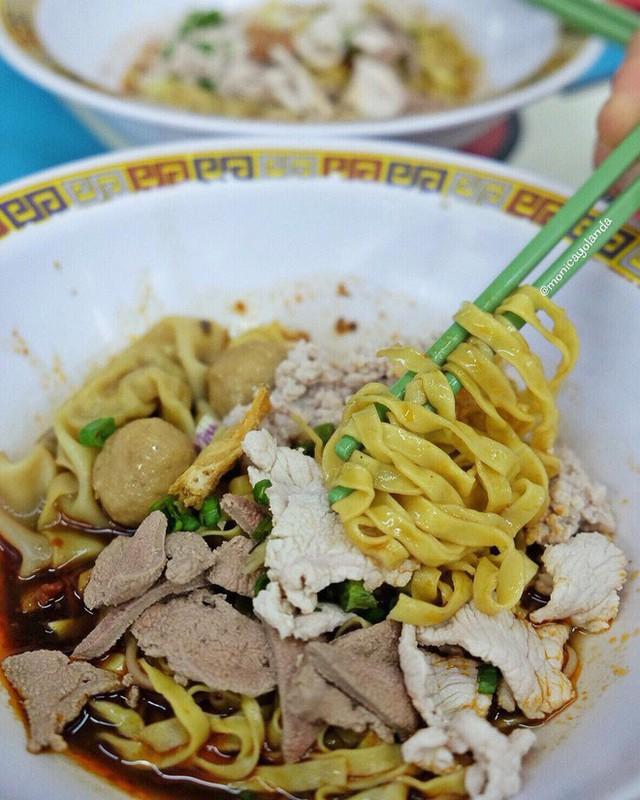 Đến bây giờ Michelin mới chỉ trao sao cho 3 quán ăn vỉa hè, và tất cả chúng đều rất gần Việt Nam - Ảnh 12.