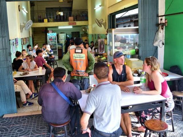 Đến bây giờ Michelin mới chỉ trao sao cho 3 quán ăn vỉa hè, và tất cả chúng đều rất gần Việt Nam - Ảnh 15.