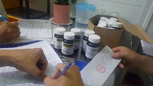Phát hiện nơi bán thuốc chữa ung thư bằng bột than tre của Vinaca - Ảnh 2.