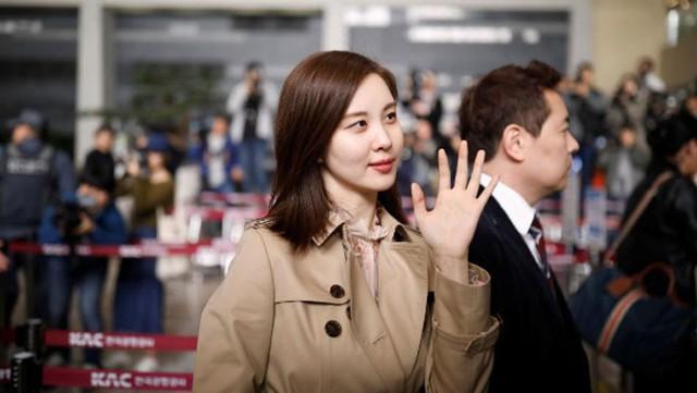 Vợ chồng ông Kim Jong Un xem biểu diễn K-pop tại Bình Nhưỡng - Ảnh 2.